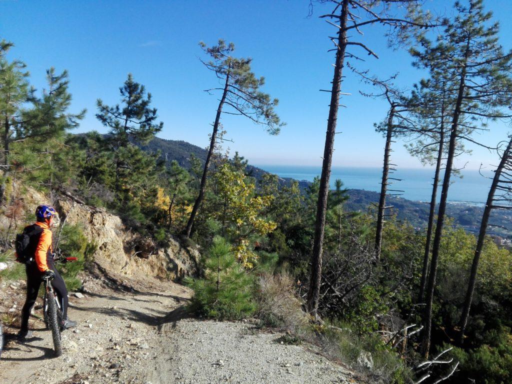 E-Bike Tour Mare e Monti Alta Via Monti Liguri Le Manie